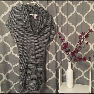 Scoop neck mini sweater dresss